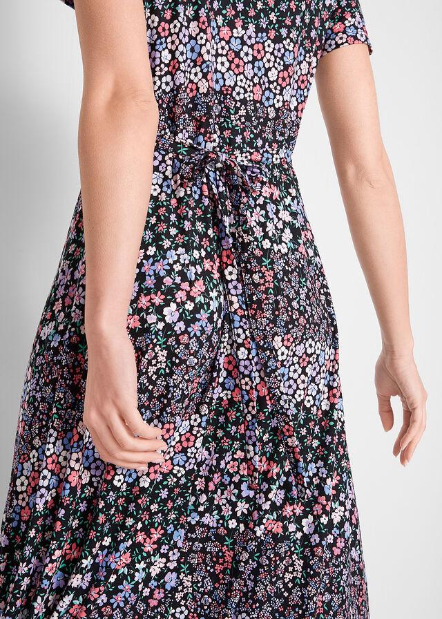 4fb0d89344 Długa sukienka z krótkim rękawem • czarno-lila w kwiaty • bonprix sklep