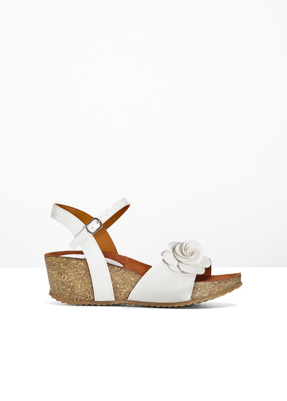 Sandały na koturnie bonprix biały