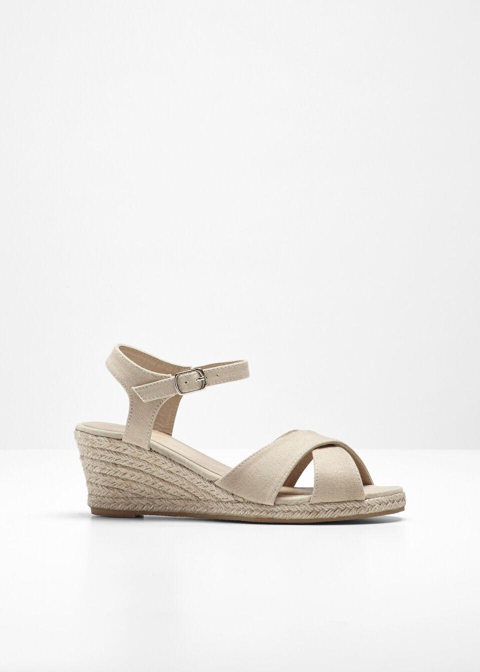 Sandały na koturnie bonprix beżowo-piaskowy