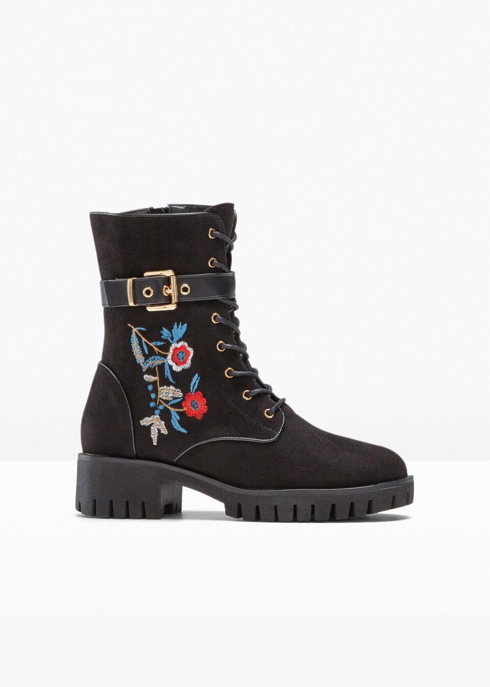Ботинки на шнуровке от bonprix