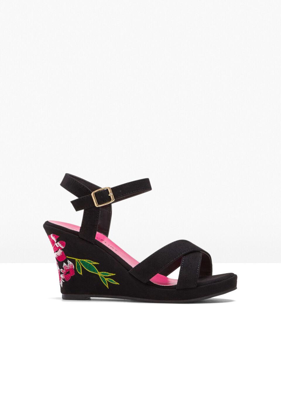 Sandały na koturnie bonprix czarny