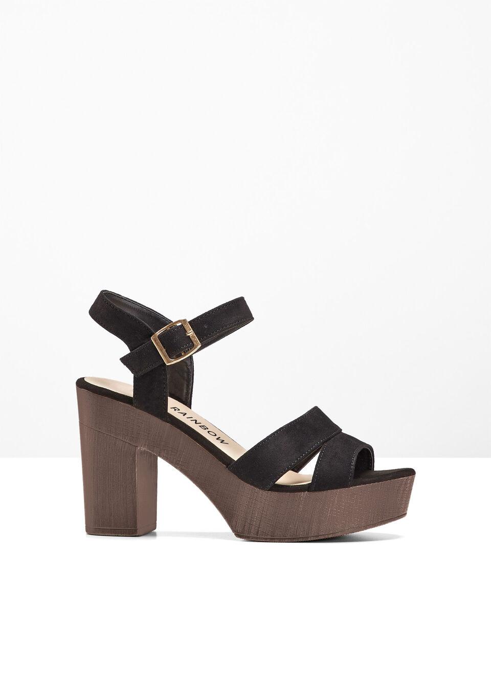 Sandały na podeszwie platformie bonprix Sandały platform czarny